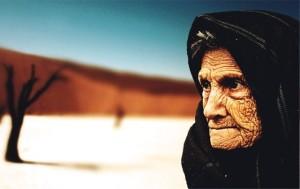 wanita tua