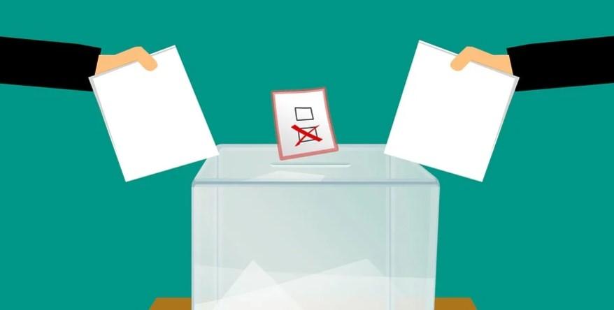 Demokrasi Perwakilan Dengan Sistem Referendum